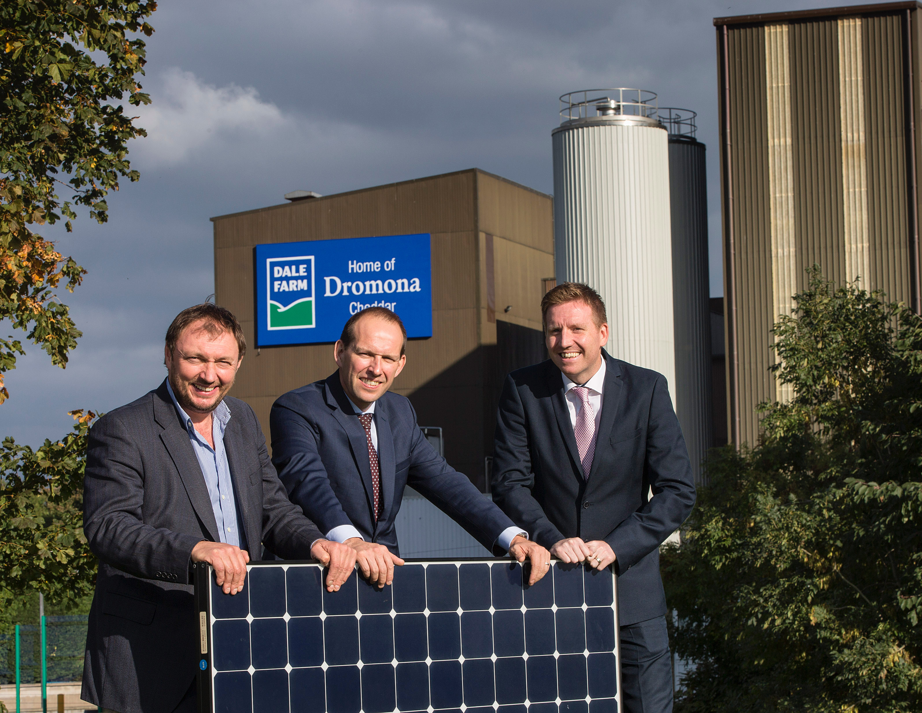 Dale Farm is soon to become a green energy leader in the dairy sector worldwide following the confirmation of a new build 'private wire' solar farm in Cookstown, County Tyrone. Pictured at the annoucement is Chief Executive of CES Energy, Tom Marren alongside Group Chief Executive of Dale Farm Nick Whelan and Dale Farm Group Operations Director, Chris McAlinden. - Ends - Photos: Brian Morrison